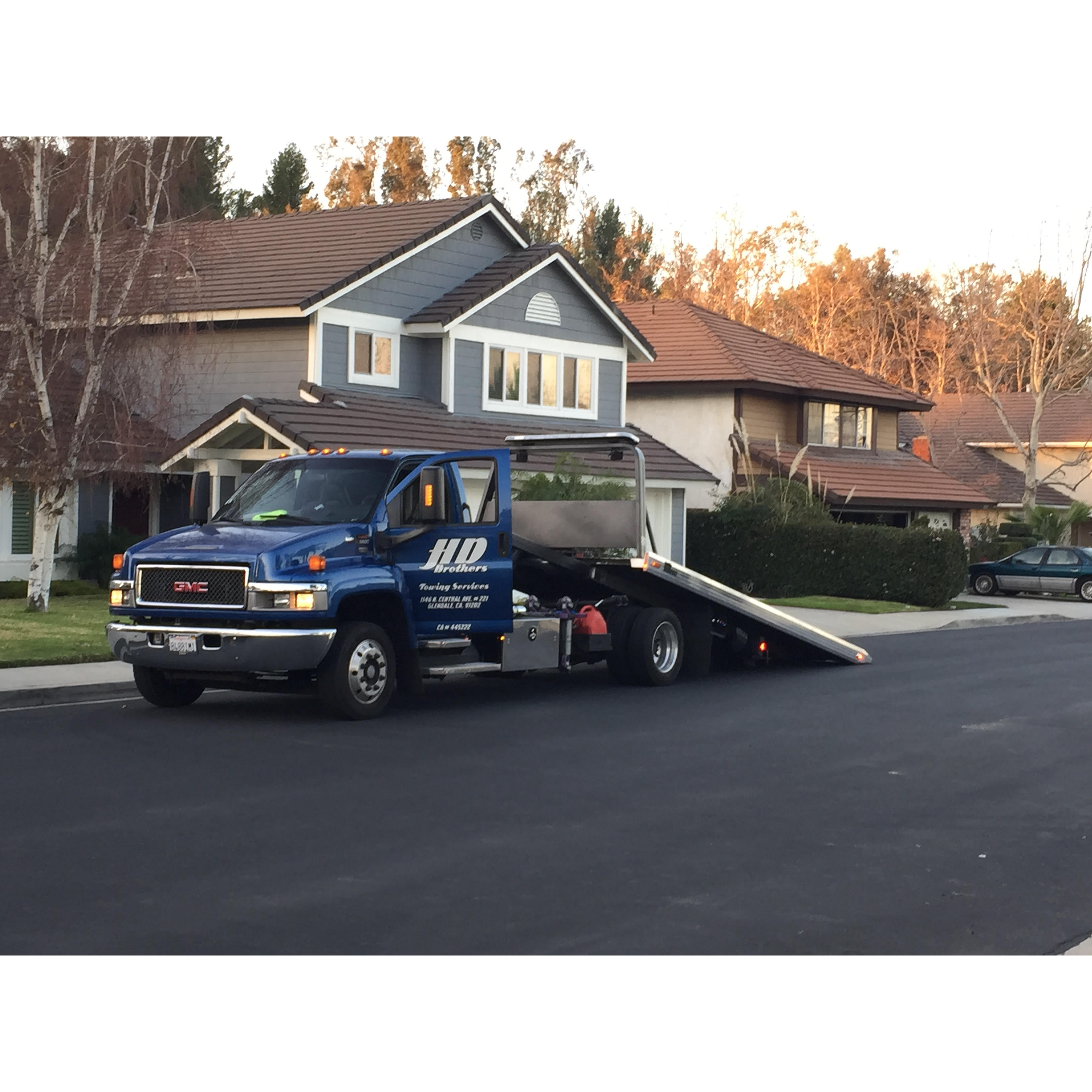 HD Brothers Towing Logo